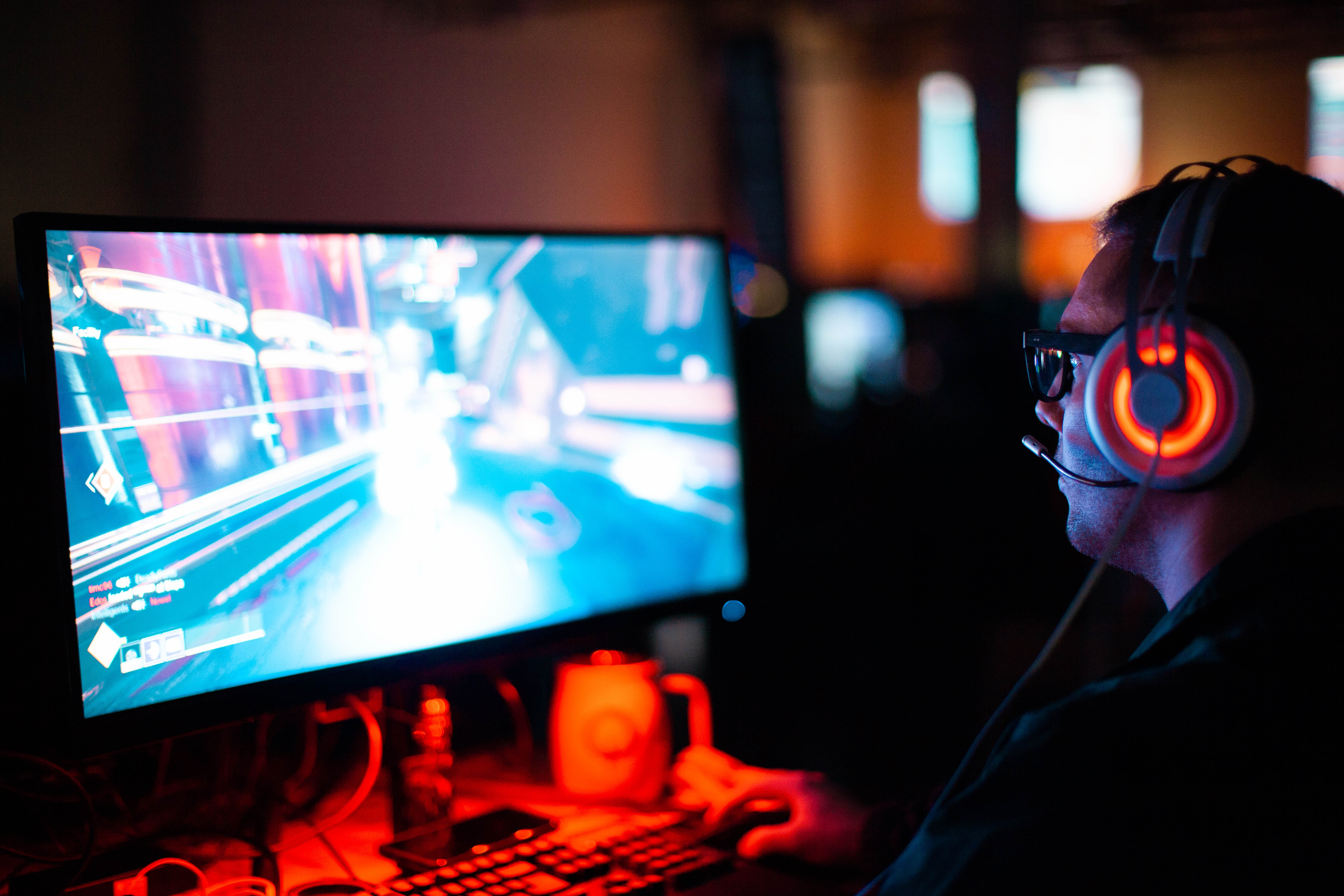 5 things every gamer needs to improve their gaming setup